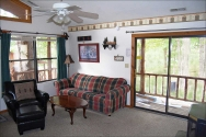 Hickory Hollow Resort Table Rock Lake Carriage House LR