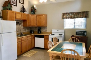 table-rock-lake-hickory-hollow-resort-cabin-9a&9b-2019-3