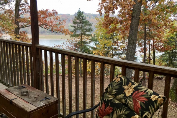 table-rock-lake-hickory-hollow-resort-pine-cottage-2019-4